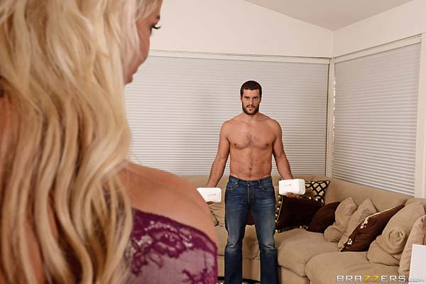 bridgette-b-getting-her-sugar-next-door07