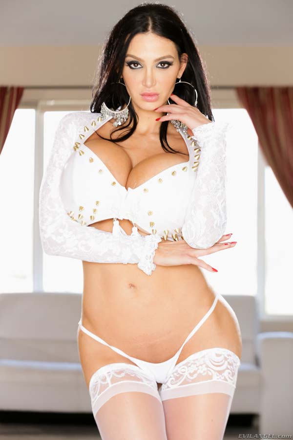 Amy Anderssen White Dress