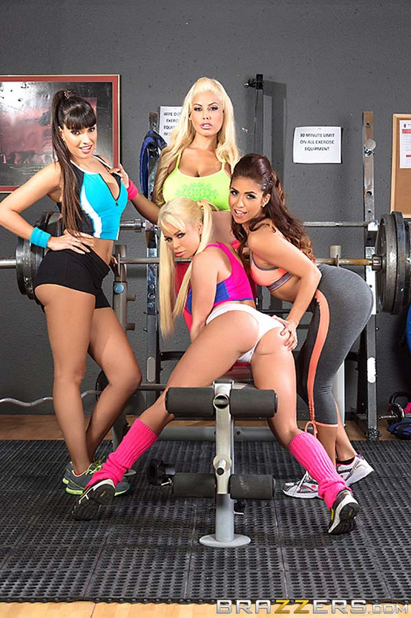 busty-latinas-at-the-gym-get-advantage-of-johnny12