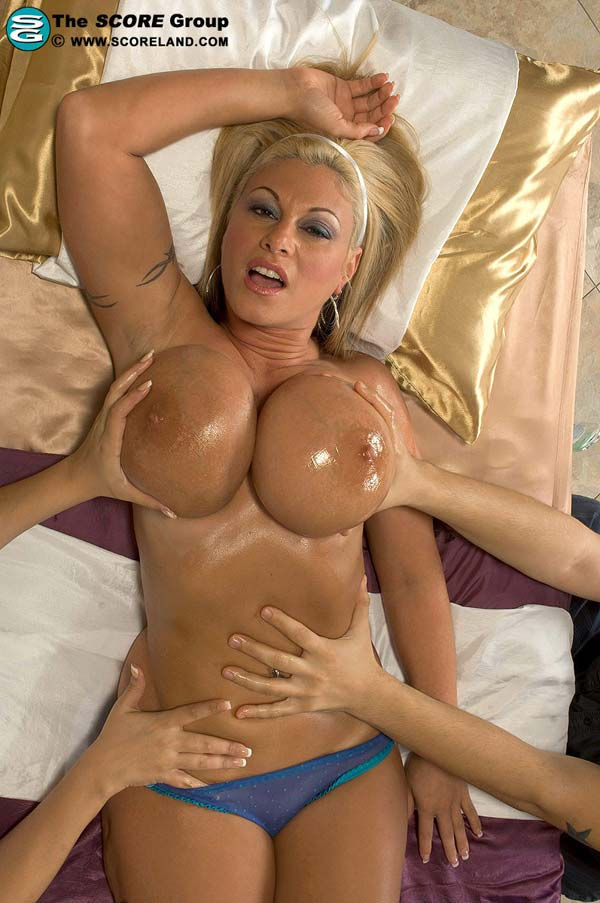 Crystal gunns tit rub think