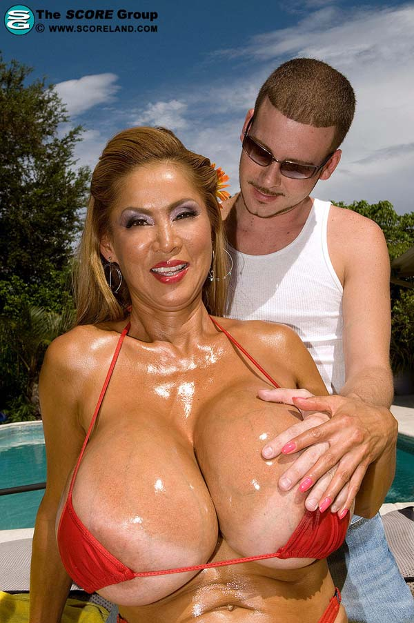 huge-tits-minka-in-a-red-bikini-gets-some-action05