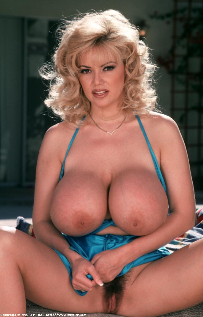 traci-topps-ideally-busty-milf004