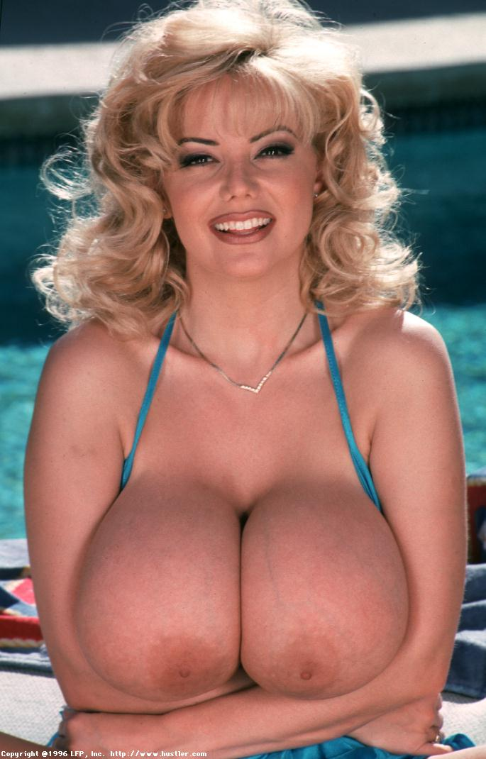 traci-topps-ideally-busty-milf006