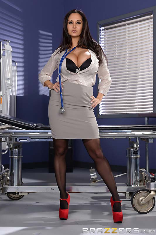 busty-ava-addams-is-the-dick-doctor01
