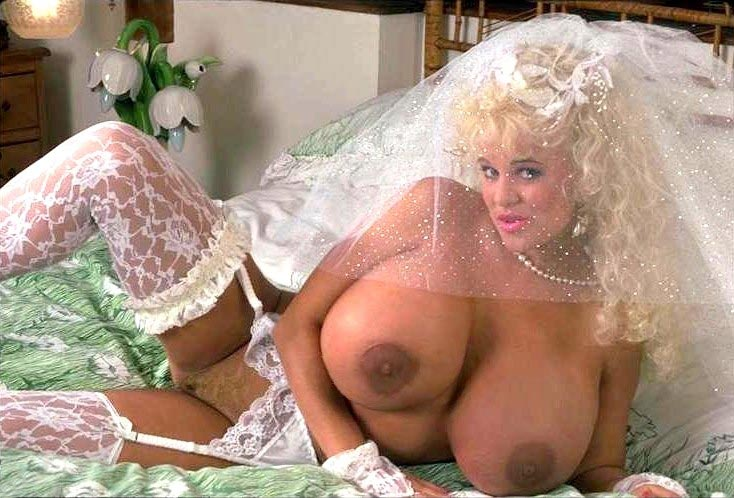 09-busty-legend-crystal-storm-getting-ready-for-her-wedding-day