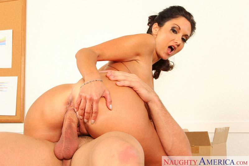 10ava-addams-naughty-customer-service-worker