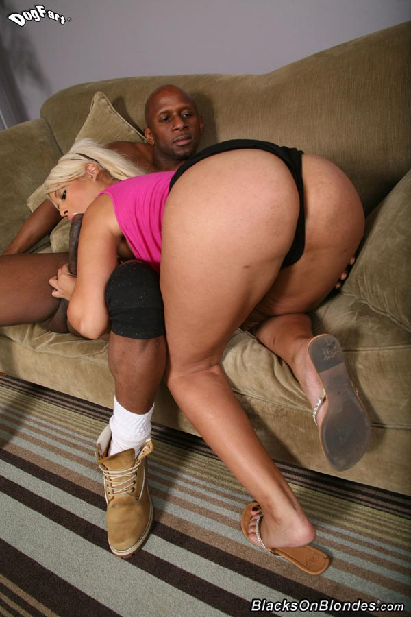 13bridgette-b-fucking-a-massive-black-cock