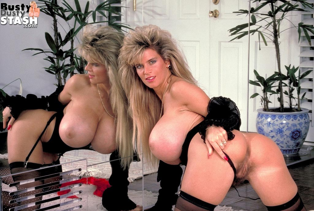 180busty-dustys-huge-boobs-in-the-mirror