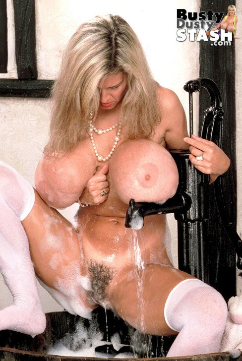 busty-dusty-dream-come-true41