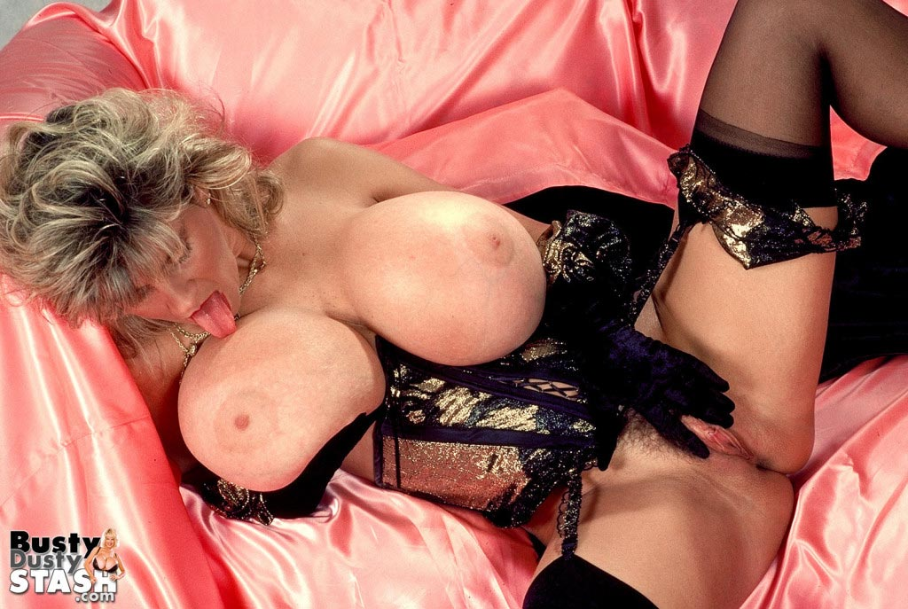 busty-dusty-in-lingerie-lover49