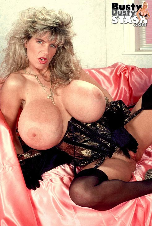 busty-dusty-in-lingerie-lover60