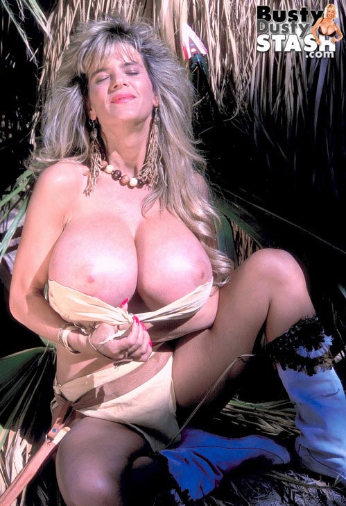 busty-dusty-sexy-warrior20