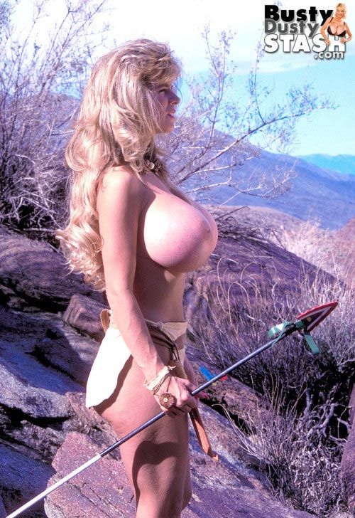 busty-dusty-sexy-warrior40