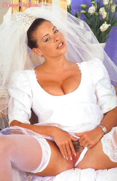 hot-busty-bride-linsey-dawn-mckenzie13