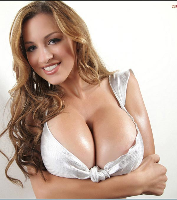 jordan-carver-in-a-small-sliver-party-dress-08