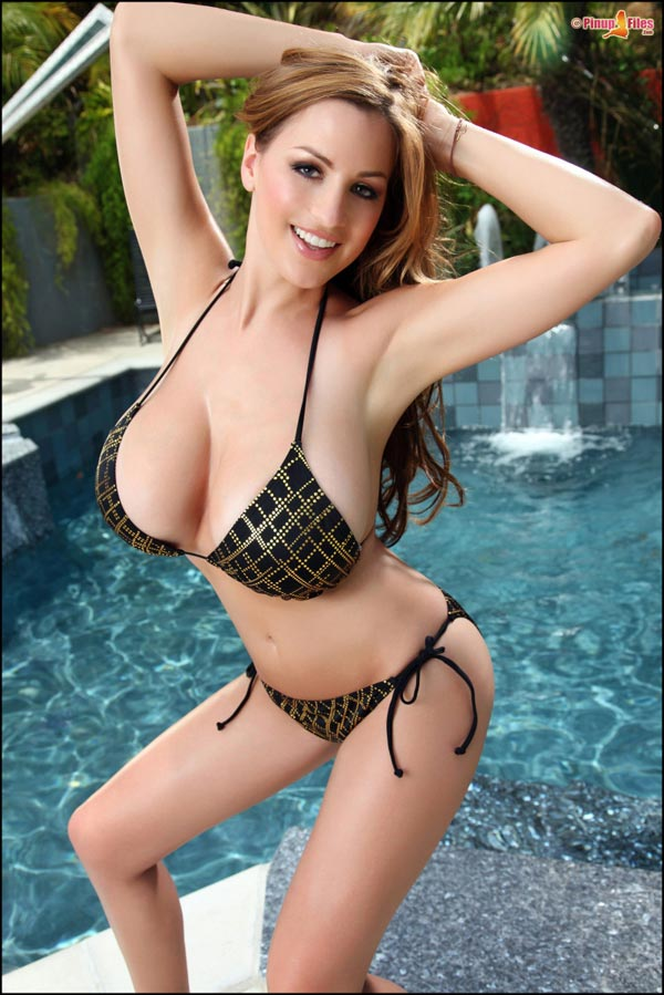 jordan-carvers-boobs-in-a-sexy-poolside-bikini-50
