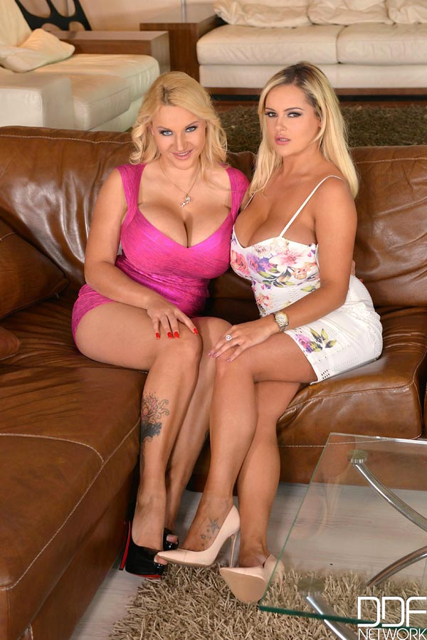 katie-thornton-and-dolly-fox-in-lesbian-action_90020014