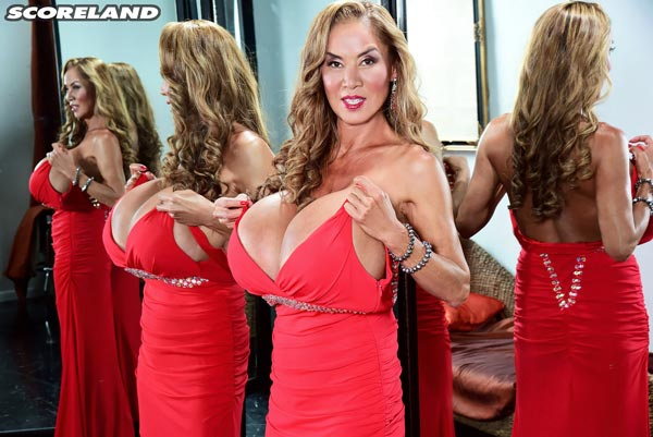 minka-returns-with-this-red-dress14