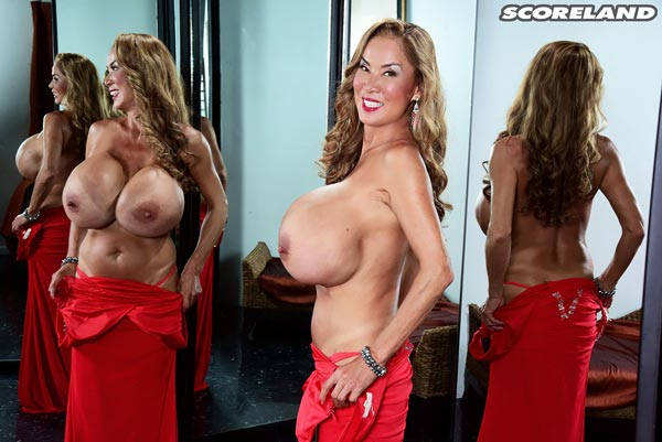 minka-returns-with-this-red-dress16