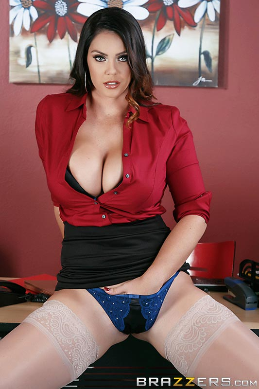 alison-tyler-fucking-the-boss-son01