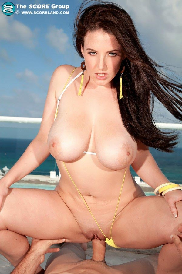 angela-white-in-yellow-bikini-gets-fucked