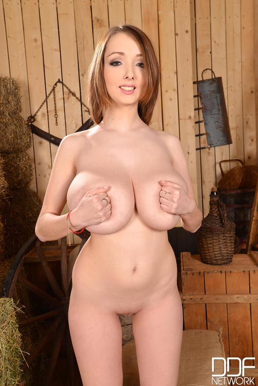 busty-cow-girl-lucie-wilde010
