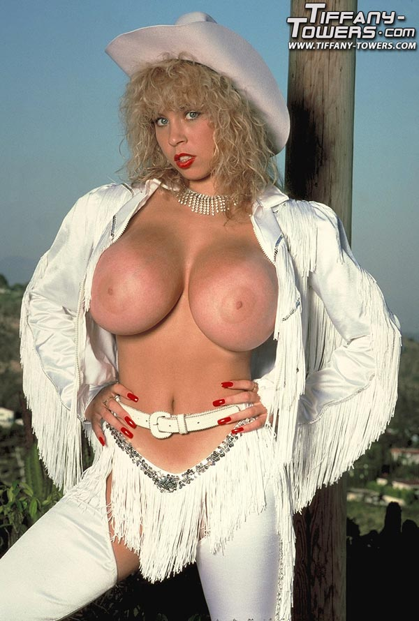 busty-cowgirl-babe-tiffany-towers01
