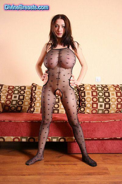 busty-merilyn-huge-boobs-lingerie-1