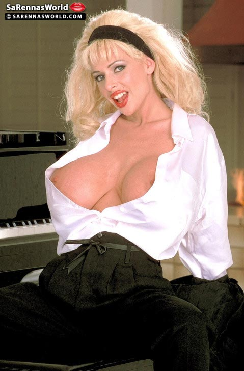 busty-piano-teacher-sarenna-lee12