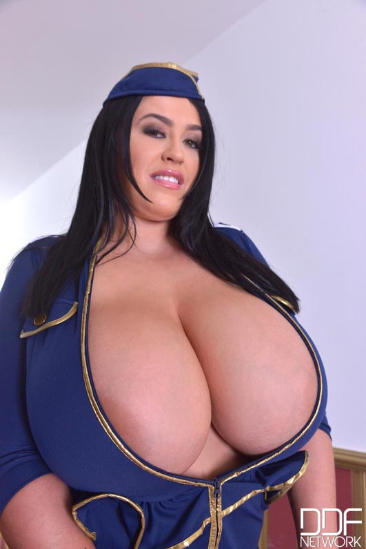 fly-the-busty-skies-with-leanne-crow002