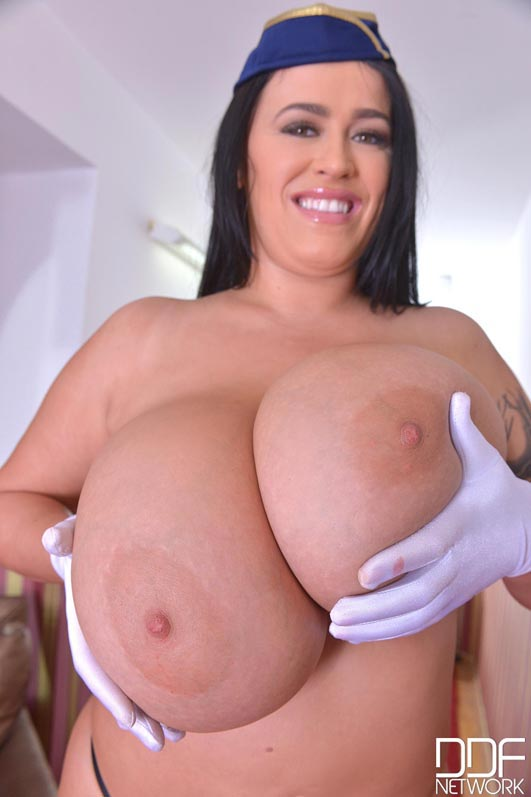 fly-the-busty-skies-with-leanne-crow009