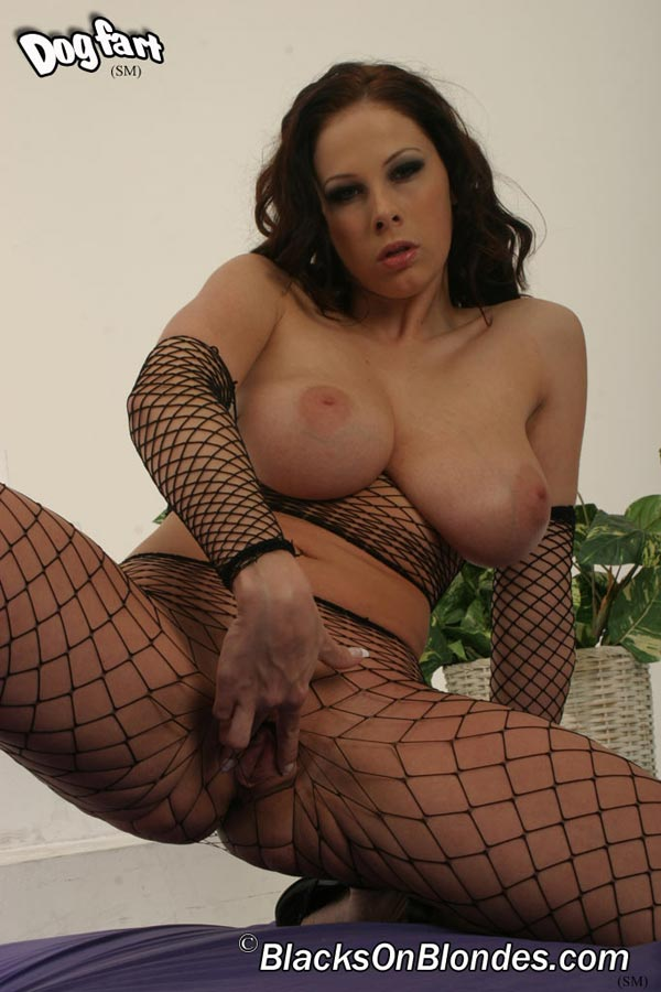 gianna-michaels-fucked-by-a-black-stud08