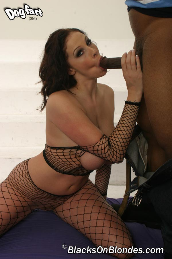 gianna-michaels-fucked-by-a-black-stud10