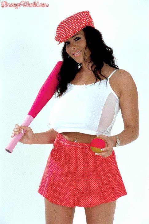 hot-baseball-babe-linsey-dawn-mckenzie-102