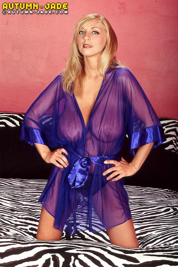 join-autum-in-a-sexy-see-through-nightgown02