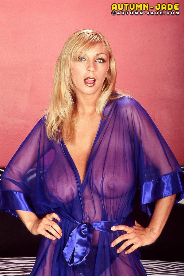join-autum-in-a-sexy-see-through-nightgown03