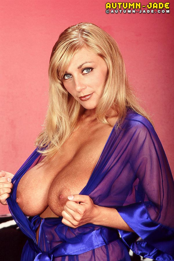 join-autum-in-a-sexy-see-through-nightgown06