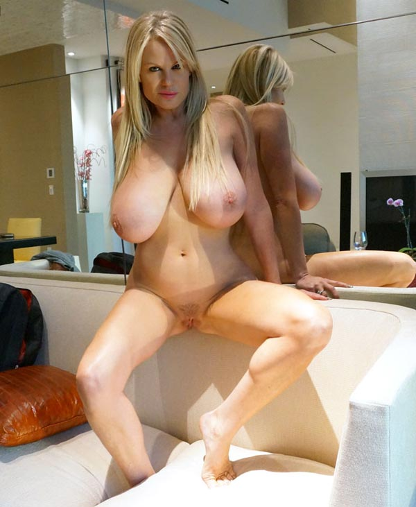 kelly-madison-masturbating-in-a-las-vegas-hotel-room05