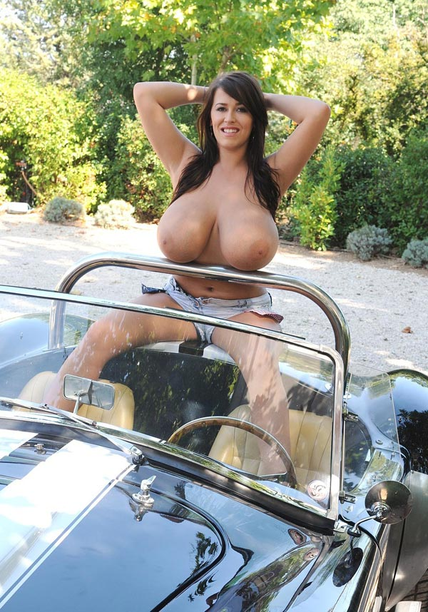 leanne-crow-exposing-her-massive-tits-next-to-a-classic-car_51009080