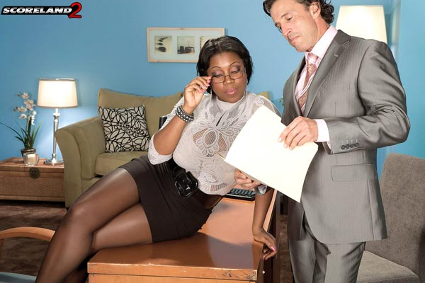 mega-busty-ebony-babe-maserati-gets-the-job01