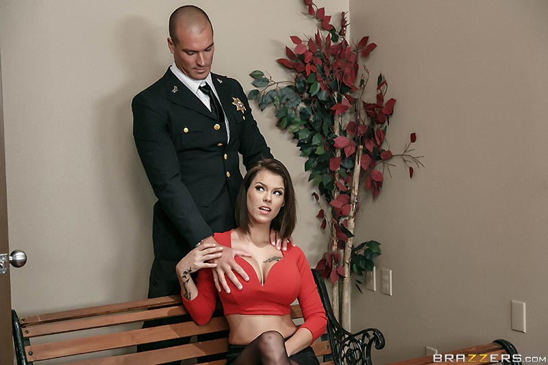 peta-jensen-gets-cought-masturbating-in-the-courthouse12