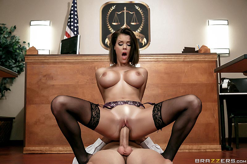 peta-jensen-gets-cought-masturbating-in-the-courthouse14