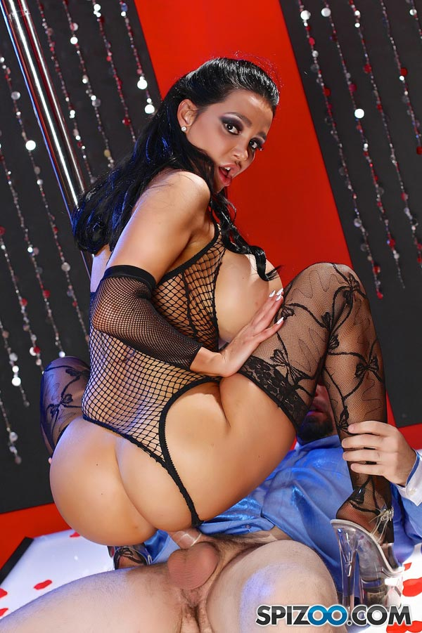 stripper-dancer-amy-anderssen-gets-fuckedse11