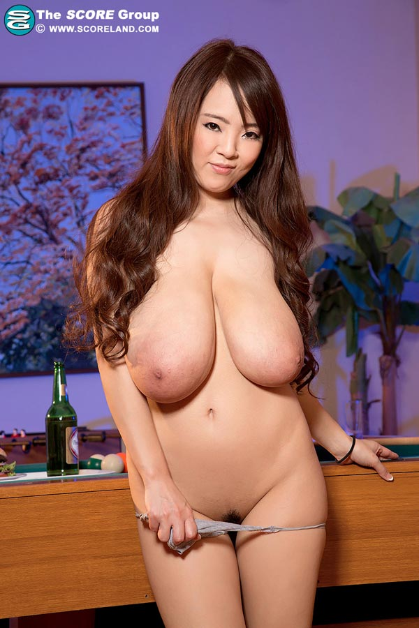 Asian big tits pussy nude pose apologise