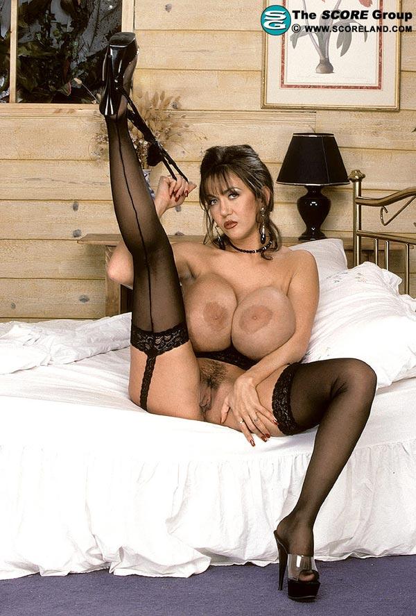 Man seduces busty girl