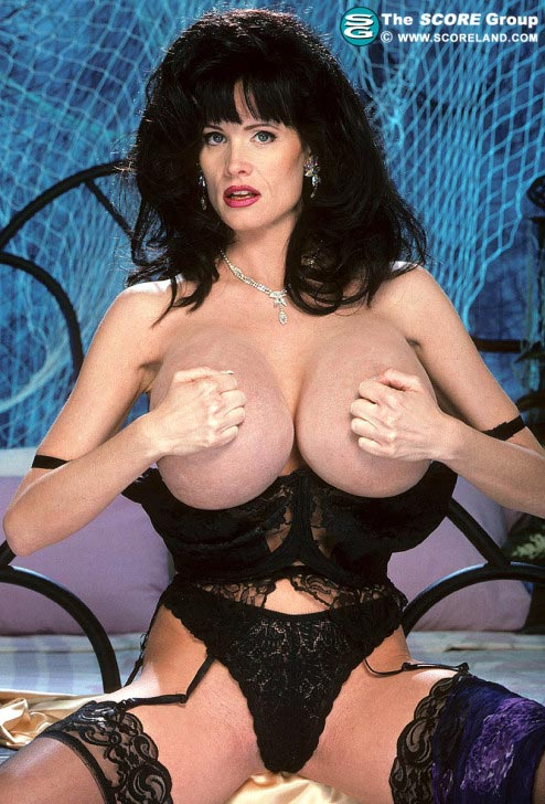nude extreamly black models