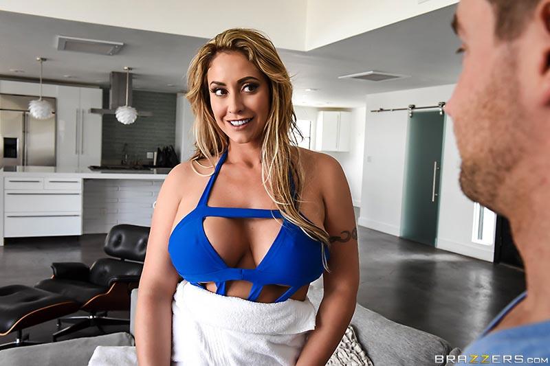 Mofos Sarışın Yengesini Mutfakta Sikiyor Porno