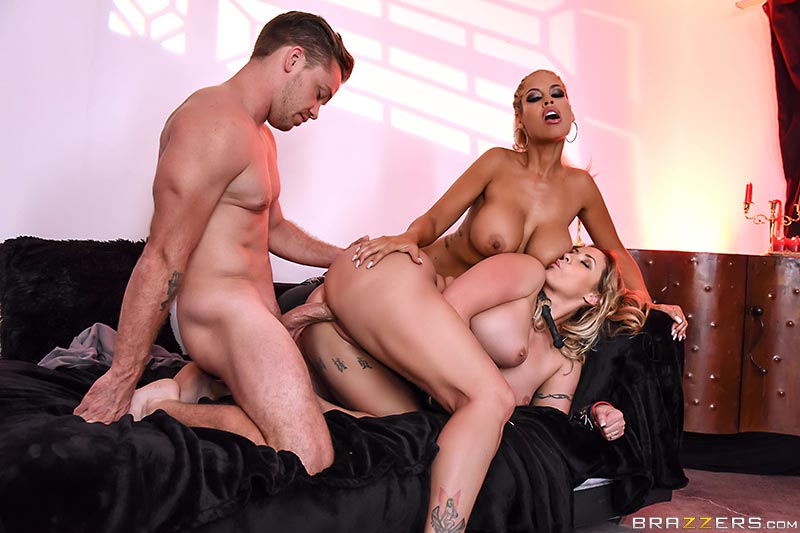 Sexy dominatrix ava addams has her turn being dominated 7