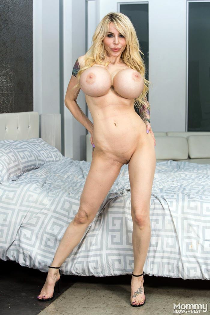 Danielle derek mommy got boobs