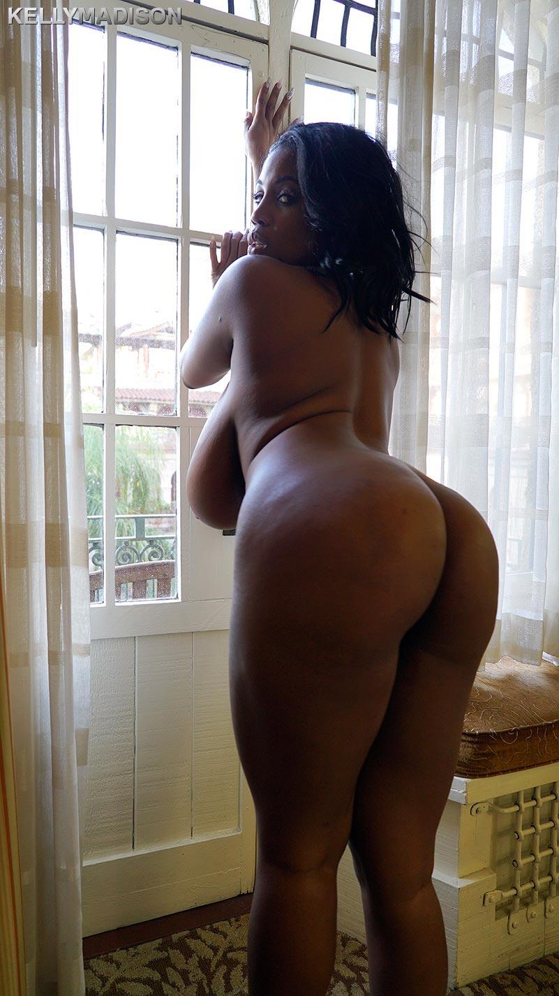 Ebony chubby creampies